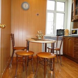 Сдаю 3-х ком квартиру Посуточно в Пензе по ул. Московская 86 (Центр). Отчетные документы